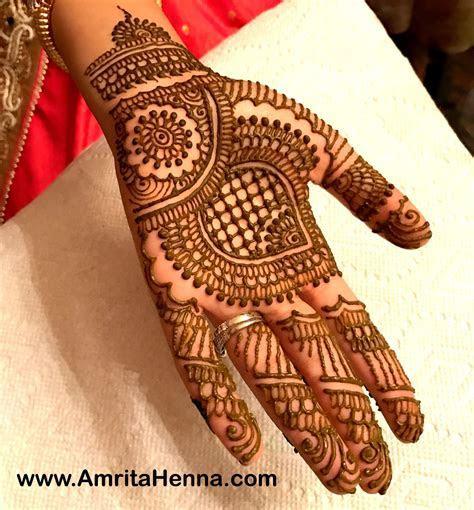 Top 10 Stylish Grid Pattern Henna Designs   HENNA TATTOO