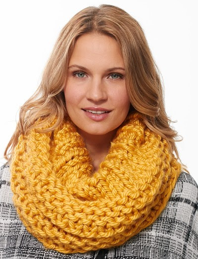 Mikado Yellow Cowl