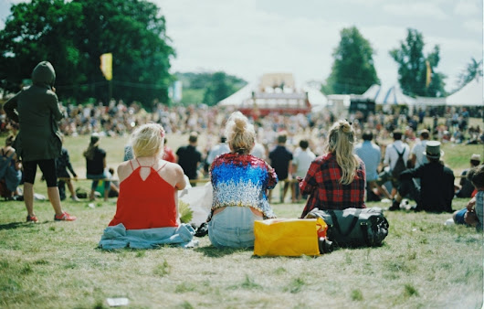 The ultimate guide to hair care at festivals | Central Studio