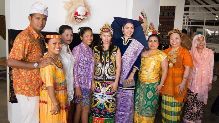 Queensland Multicultural Week: Far northern Indonesian community celebrates diversity  ABC Far