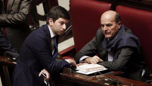 """Pd, Bersani si appella a Renzi: """"Fermati, prima il Paese poi il partito"""""""