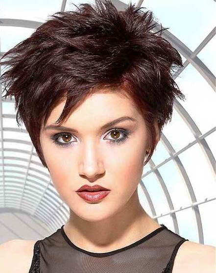 20 Short Hairstyles for Thick Hair