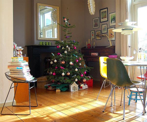 Remarkable Gallery of 15 Awesome and Beautiful Christmas Tree Decorations 600 x 499 · 364 kB · jpeg