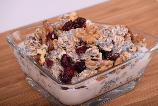 Oatmeal Recipe With Dates And Walnut - Food and Nutrition Guide