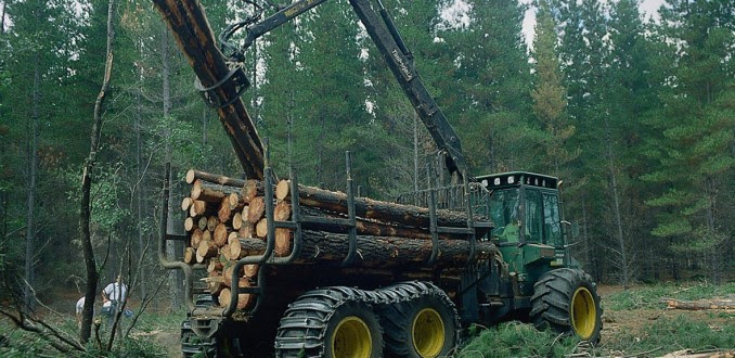Forestales-tractor-678x330
