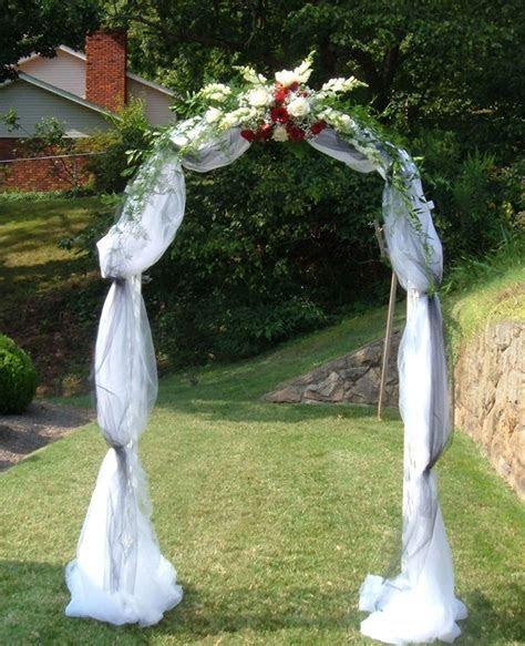 Best 25  Wedding arch tulle ideas on Pinterest   Simple