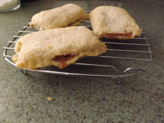featured on the Homestead Blog Hop - Mini Apple Pies from 4DAcres