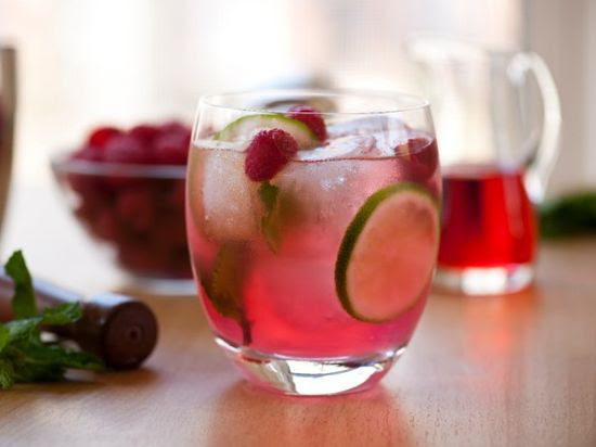 Raspberry Mojito - Fruity, cool and refreshing with a little kick to take the edge off.