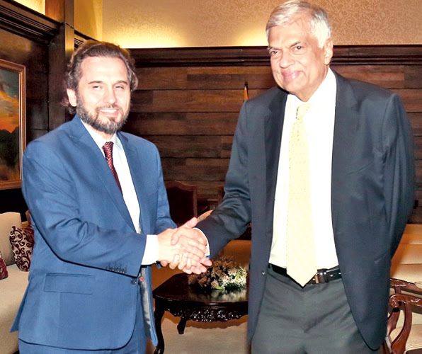 Prime Minister Ranil Wickremesinghe met Prince Mired Ra'ad Zeid Al-Hussein at Temple Trees