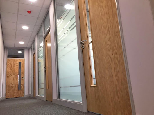 Case Study: Office Partitioning with Glass