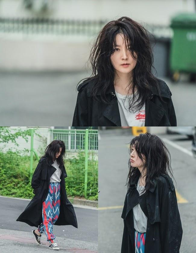 """Lee Young Ae luộm thuộm trong phim mới, """"Nàng Dae Jang Geum"""" ngày xưa còn đâu?"""