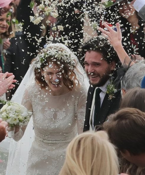 Mount And Blade: kit harington and rose leslie wedding pictures
