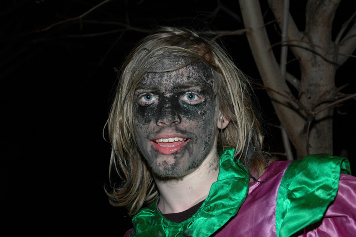 wench in blackface web