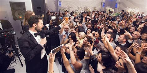 Maroon 5 Just May Be The Best Wedding Crashers Ever   HuffPost