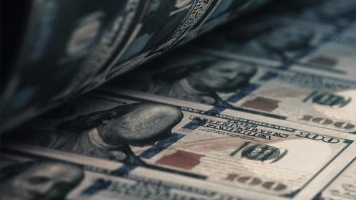 Peter Schiff: Puedes imprimir dinero pero no puedes imprimir cosas