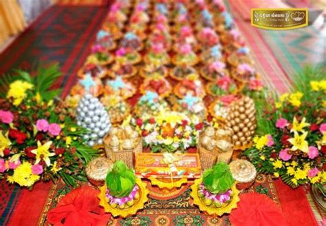 The Khmer dowry (gifts, exotic fruits, jewelry) for the