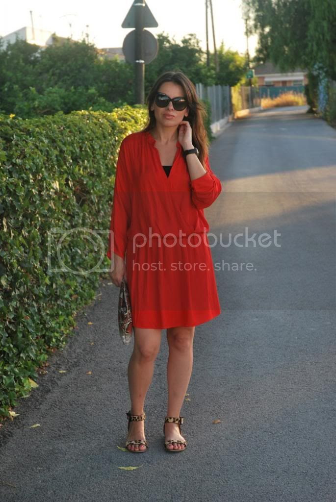 Red Dress Streetstyle