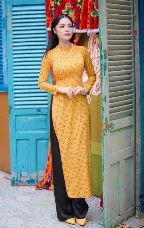 Tuyển tập 10 tà áo dài đẹp ngất ngây của mỹ nhân Việt trong Tết Mậu Tuất - Ảnh 7.