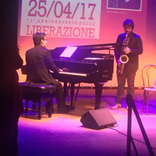 Sunset And The Mockingbirds - Jossy Botte Angelo Di Leonforte Duo by Angelo Di Leonforte