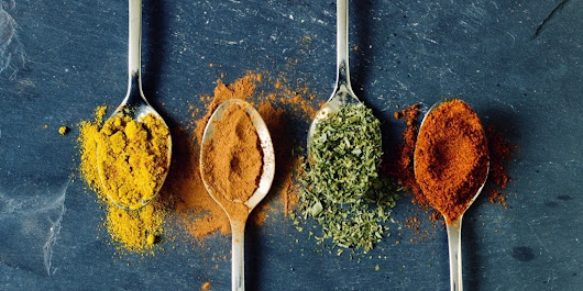 5 Spices That Can Make Any Meal Healthier