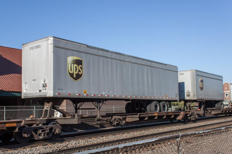 UPS trailers on a BNSF train in Fargo