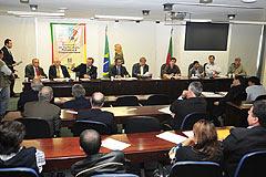 Debate reuniu parlamentares e representantes do setor produtivo