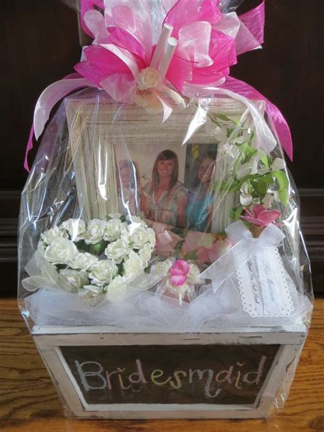 Best 25  Bridesmaid gift baskets ideas on Pinterest