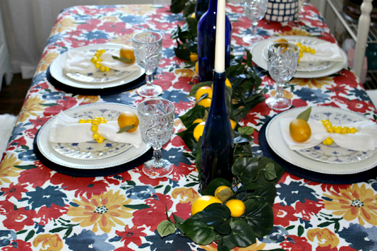 Set A Beautiful Farmhouse Summer Lemon Tablescape