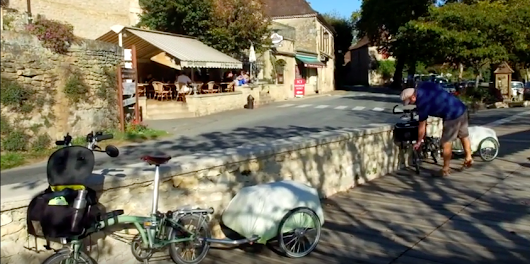Cycling the Dordogne in France in October