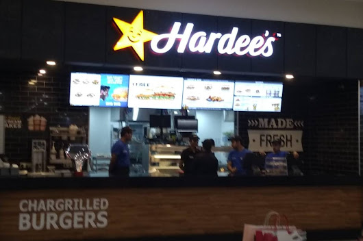 Loaded fries and chicken fillet burger of Hardee's