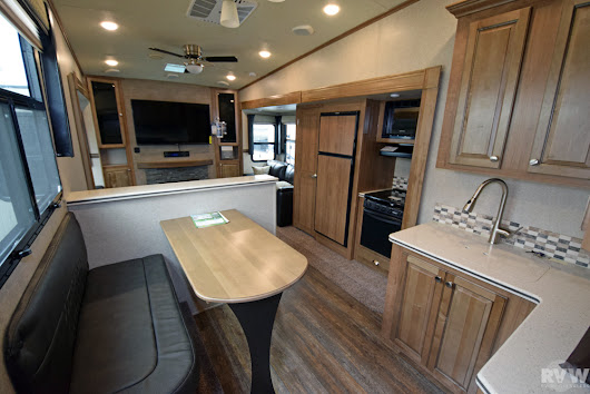 New 2018 Rockwood Signature Ultra Lite 8298WS Fifth Wheel by Forest River at RVWholesalers.com