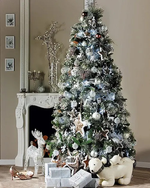 christmas tree decorations in white holliday decorations - Silver Christmas Tree Decorating Ideas
