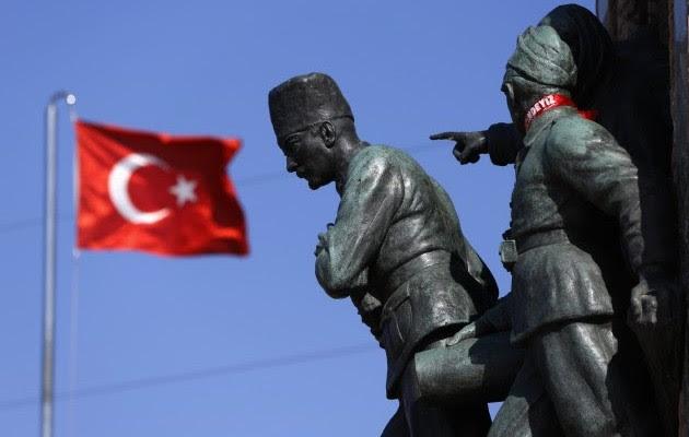 ALERT! Ξύνονται στην γκλίτσα του Πούτιν οι Τούρκοι! Ετοιμάζουν χερσαία εισβολή στη Συρία! Κίνδυνος να βρεθούν απόσταση αναπνοής τα Ρωσικά και τα Τουρκικά στρατεύματα…