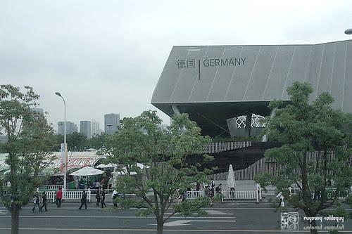 Samsung_NX100_Expo_09