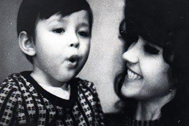Личная жизнь актеров и актрис: Личная жизнь певца Витаса (Vitas) фото жена дети знаменитости