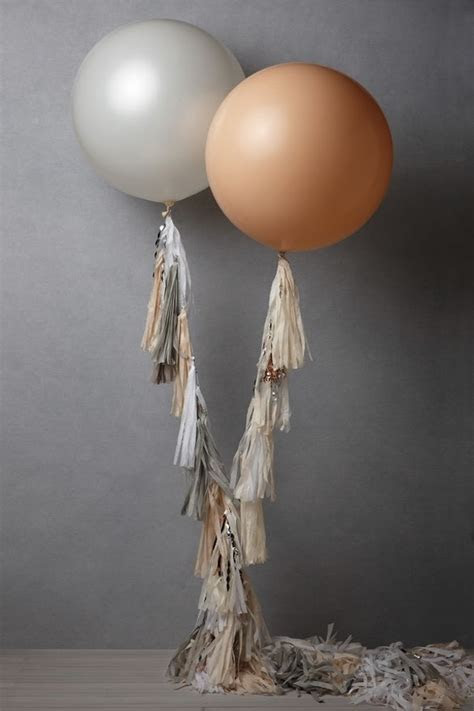 Juneberry Lane: Fancy Frill Balloons (Geranimo Style!)