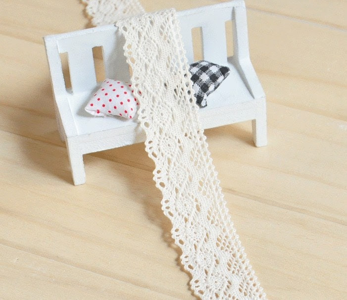 "5 meters of Cream Crochet Lace Tape 3.5cm(1.4"") wide SC221 - tracy1984"