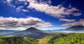 Gambar Pemandangan Gunung Asli