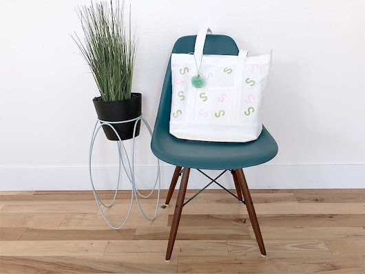 DIY Canvas tote bag with a modern design - kraft&mint blog