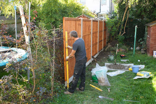 South London storm damaged garden fence panels and posts replaced