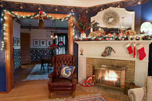 Feeling Festive? Try These Mantel Decorating Ideas - Memphis TN