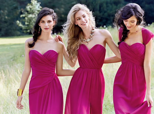 How Many Bridesmaids Should You Choose?