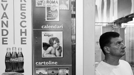 Via! 10 street photographer on the road da Amburgo a Palermo