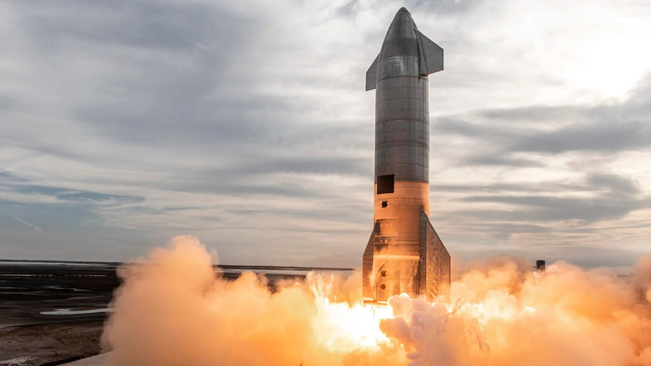 SpaceX's Starship rocket is fired up for launch. Image credit: SpaceX