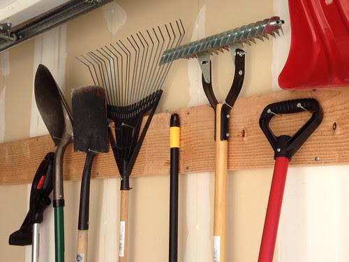 garage tool hanger
