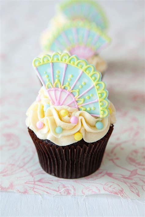 30 Adorable Fancy Cupcakes   Cupcakes Gallery