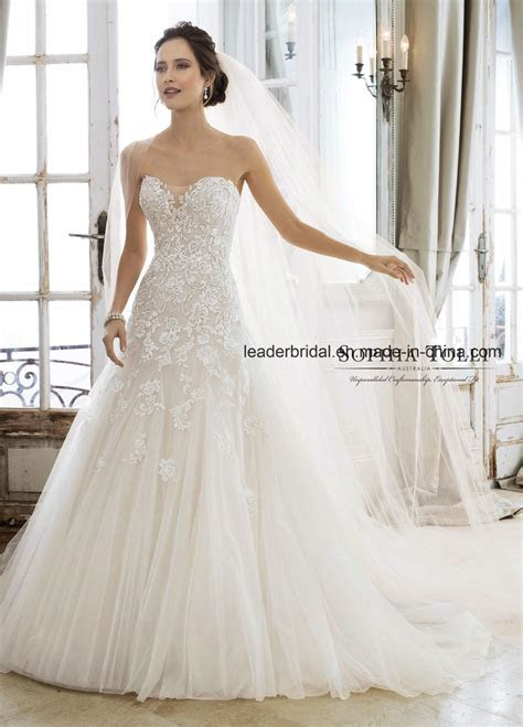 China Strapless Bridal Dress Strapless A Line Lace Beaded