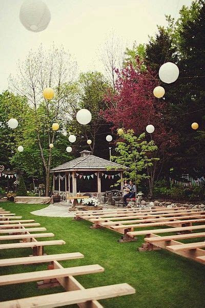 How to Plan a Backyard Wedding: A Fun and Intimate Celebration