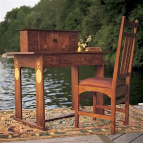 harvey ellis desk