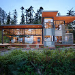 Houzz Tour: Natural Meets Industrial in a Canal-Side Washington Home